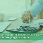 Danain-Cashflow-gambar orang menghitung