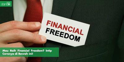 Danain-Cara_Meraih_Financial_Freedom-Gambar pria berdasi