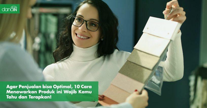 Danain-cara_menawarkan_produk_ke_customer-gambar seorang sales
